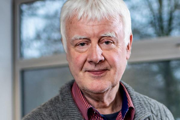 Dr. Michael Knobloch